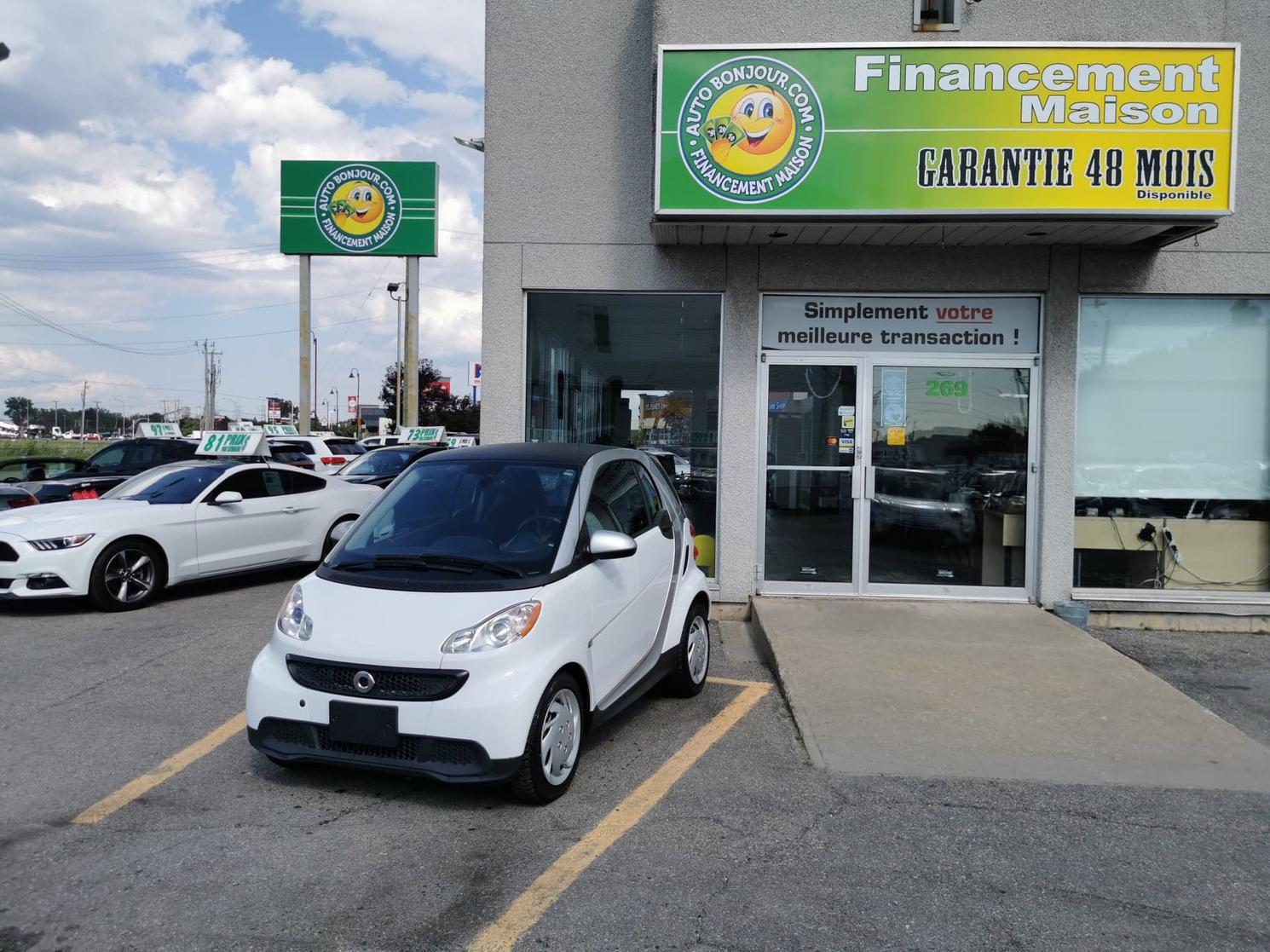 2015 smart fortwo 48$/SEMAINE