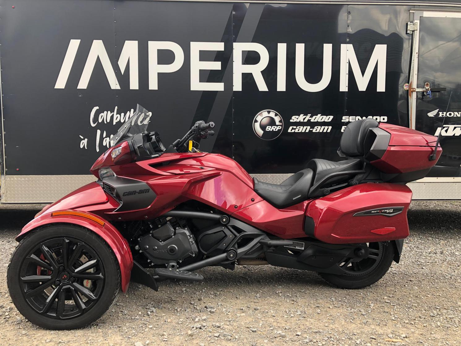 40976 Can-Am F3 LIMITED 2018