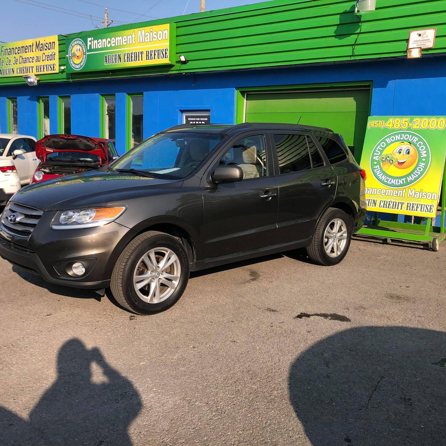 Hyundai Santa Fe CUIR - TOIT - BAS MILLAGE                                           89$/SEMAINE 2012