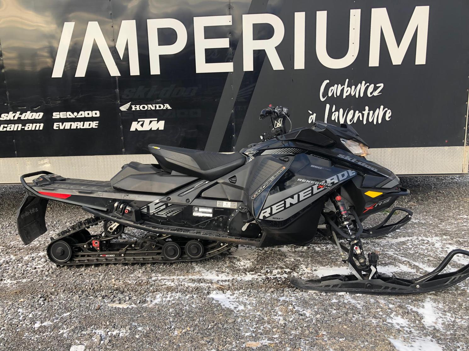 2018 Ski-Doo RENEGADE XRS 850