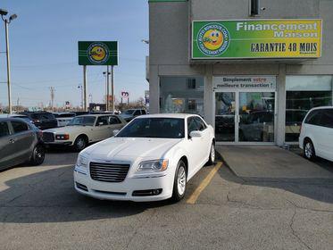 2014 Chrysler 300 blanc cuir financement facile