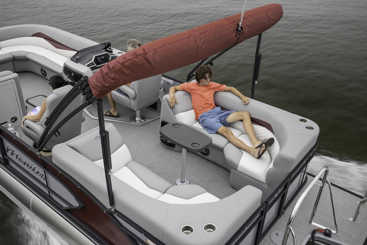 2021 Manitou Pontoon boat for sale, model of the boat is ENCORE & Image # 4 of 7
