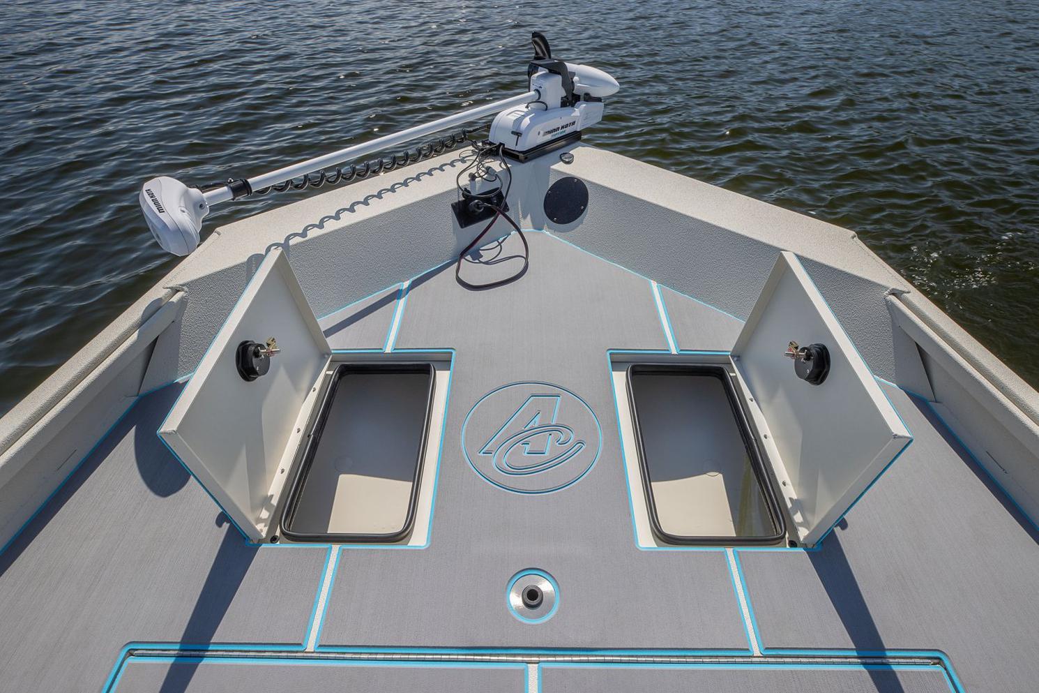 2022 Alumacraft boat for sale, model of the boat is Alumacraft 20 BAY & Image # 4 of 10