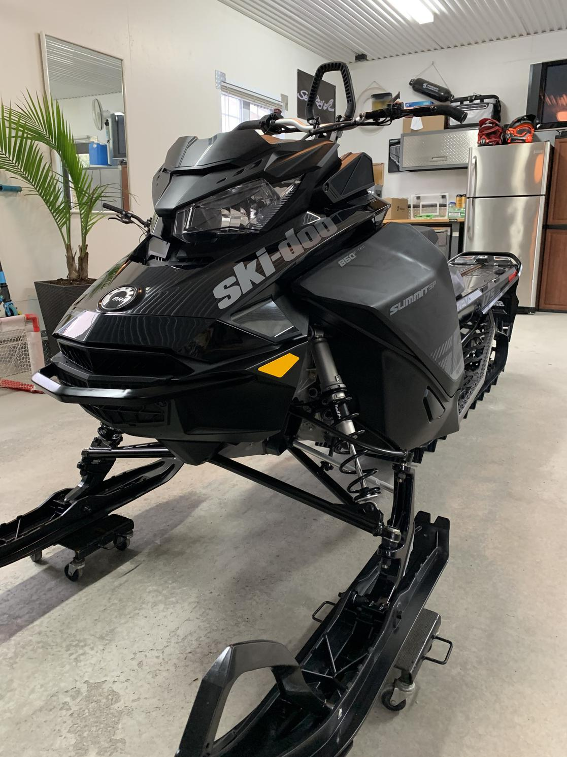 2020 Ski-Doo SUMMIT SP 175 850 SHOT