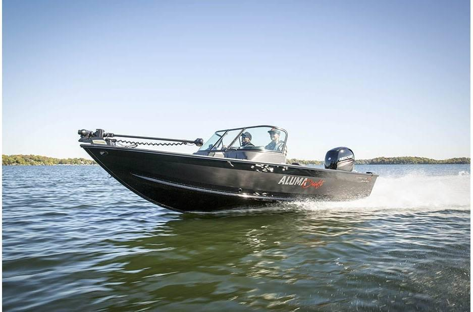 2021 Alumacraft boat for sale, model of the boat is Alumacraft Competitor Shadow 185 Sport & Image # 3 of 4