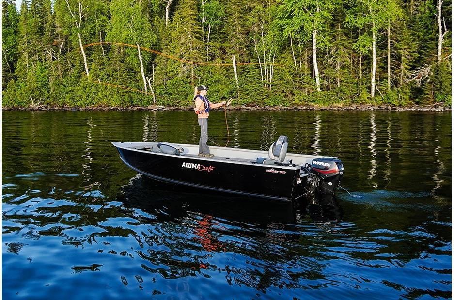 2021 Alumacraft boat for sale, model of the boat is Alumacraft Summit 180 & Image # 4 of 4