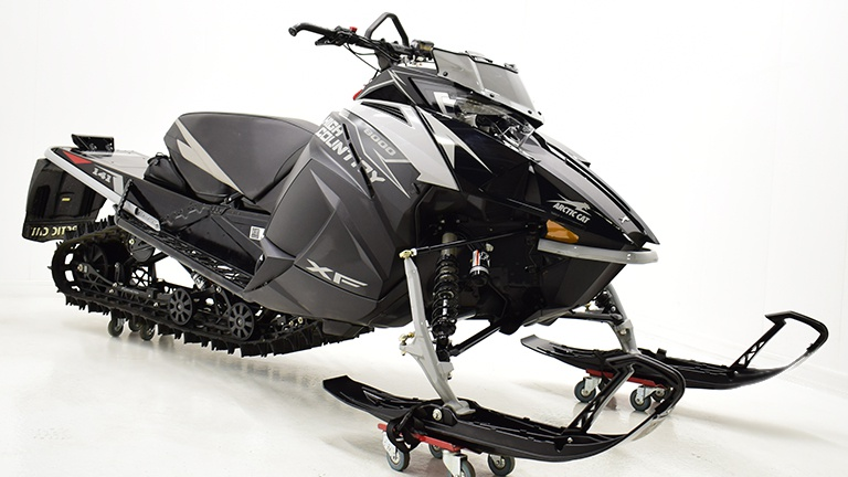 2019 Arctic Cat XF8000 High Country Limited ES 141 Démo