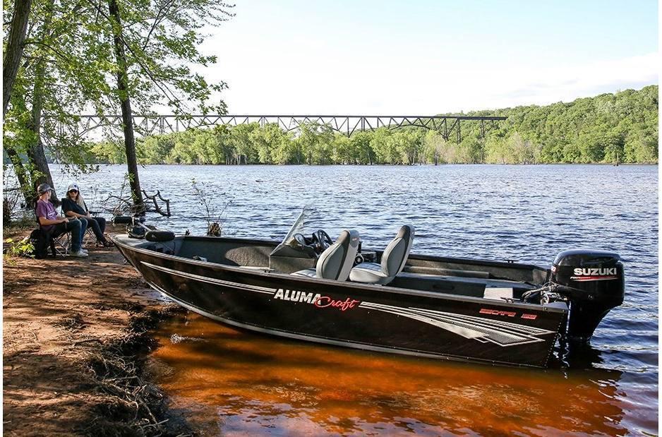 2021 Alumacraft boat for sale, model of the boat is Alumacraft Escape 165 CS & Image # 4 of 4