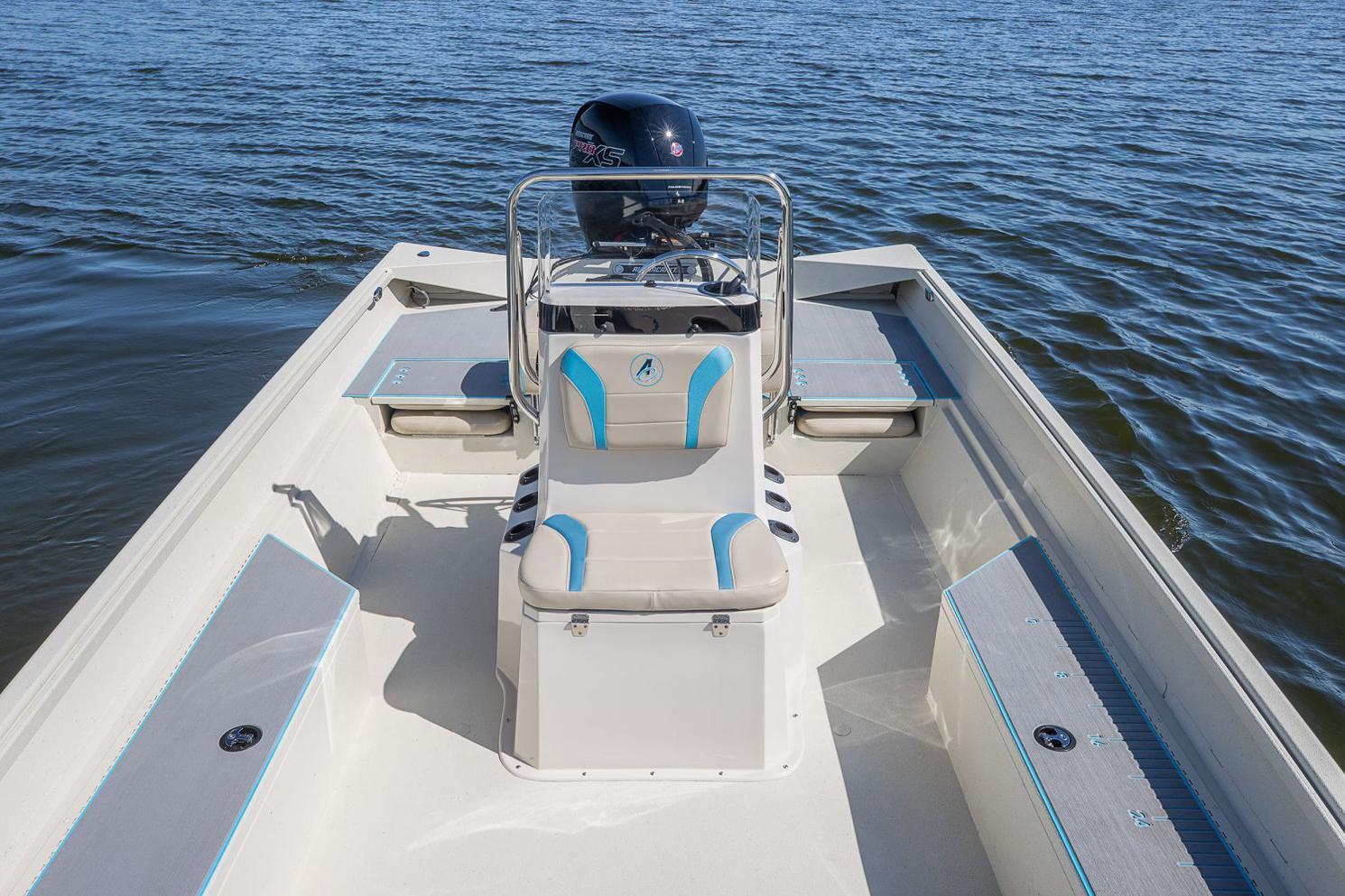 2022 Alumacraft boat for sale, model of the boat is Alumacraft 20 BAY & Image # 5 of 10
