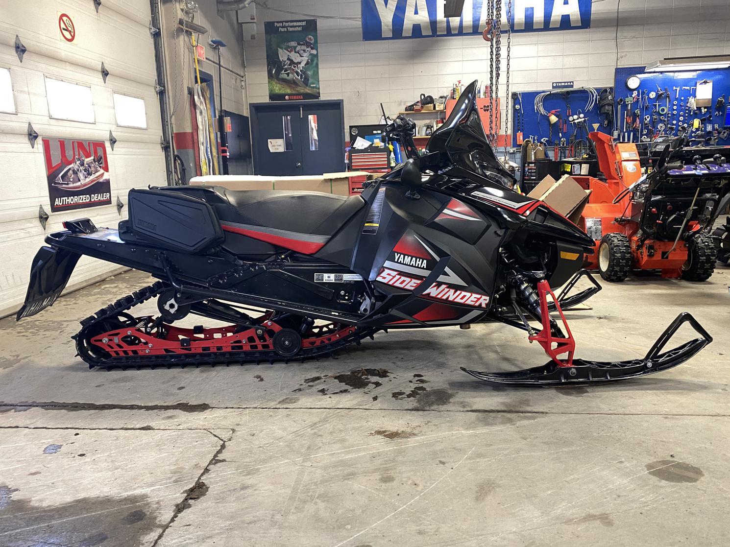 2017 Yamaha Sidewinder Stx-dx