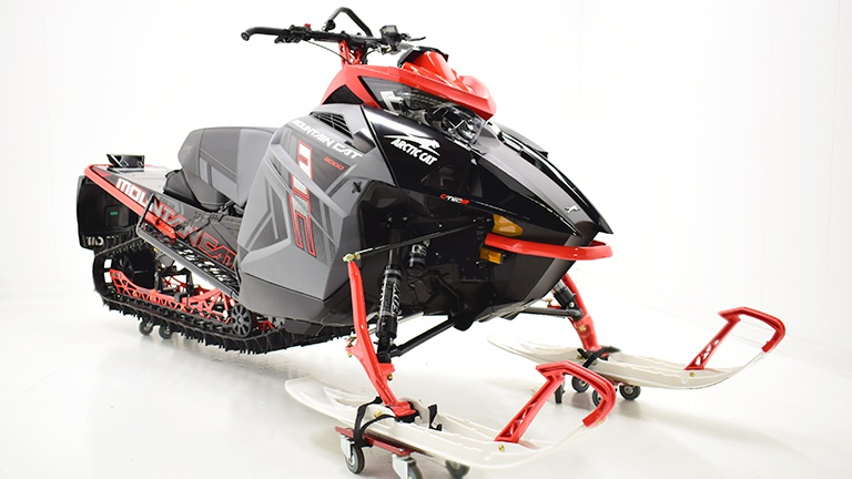 2021 Arctic Cat M 8000  Mountain Cat ES 153 x 2.6
