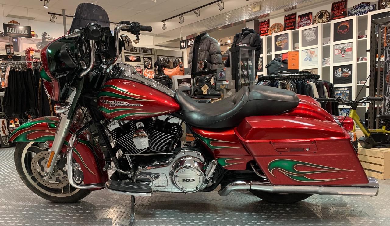 Harley-Davidson FLHX Street Glide 2012