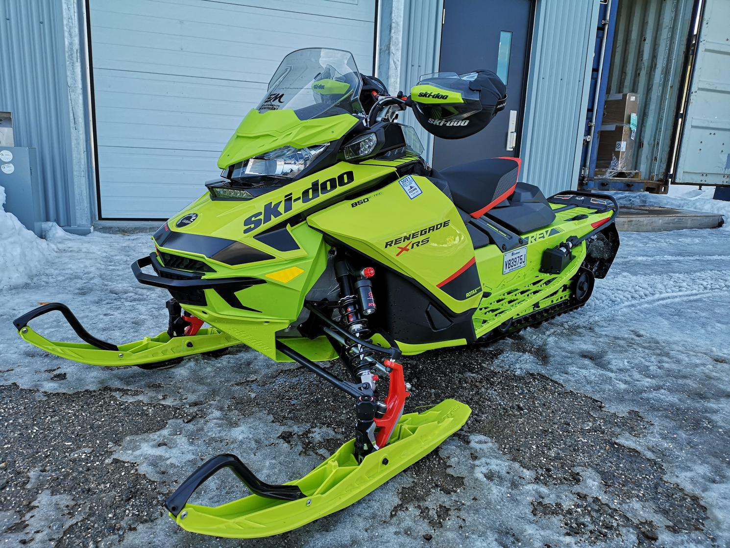 2020 Ski-Doo Renegade XRS 850 etec Quick ajust package