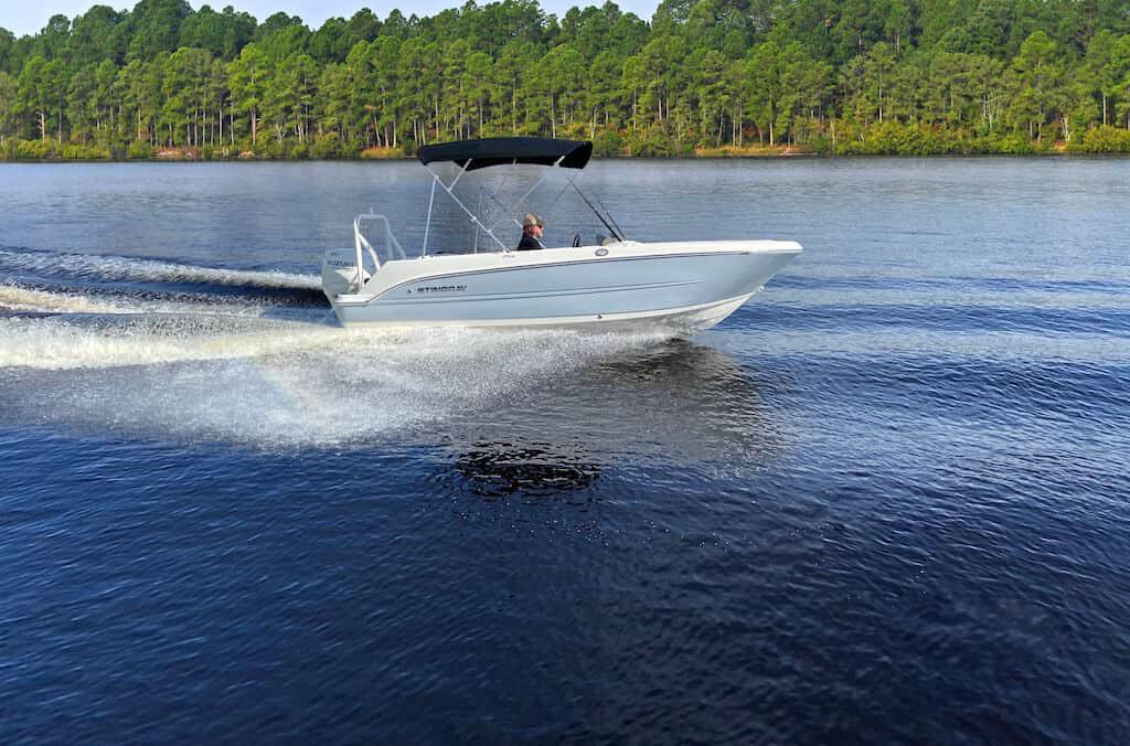 2021 Stingray Boat Co 172SC