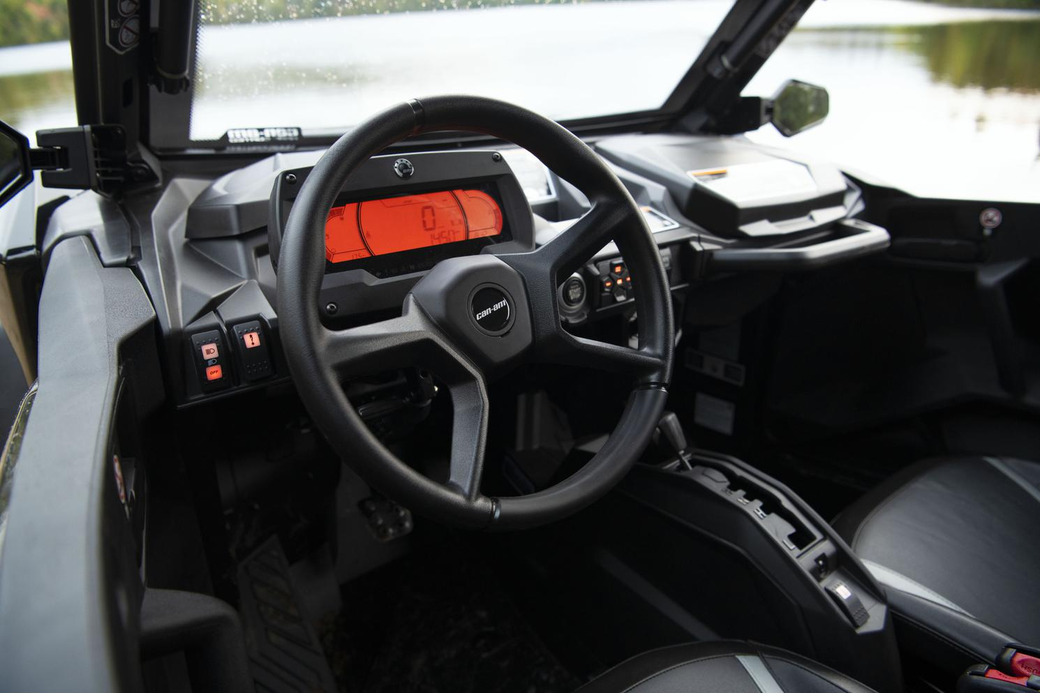 2021 Can-Am ATV boat for sale, model of the boat is COMMANDER XT 1000R & Image # 6 of 9