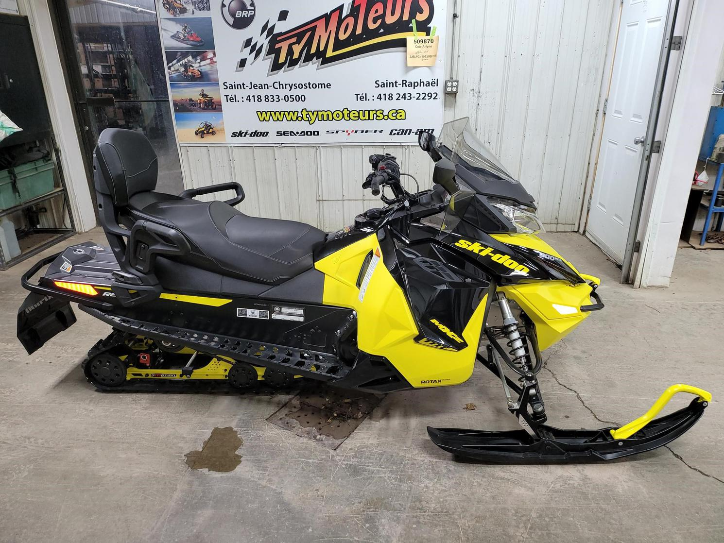 2016 Ski-Doo MX Z 900 ace TNT