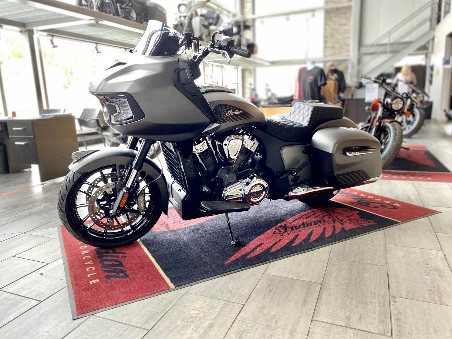 Indian Motorcycle CHALLENGER 2021
