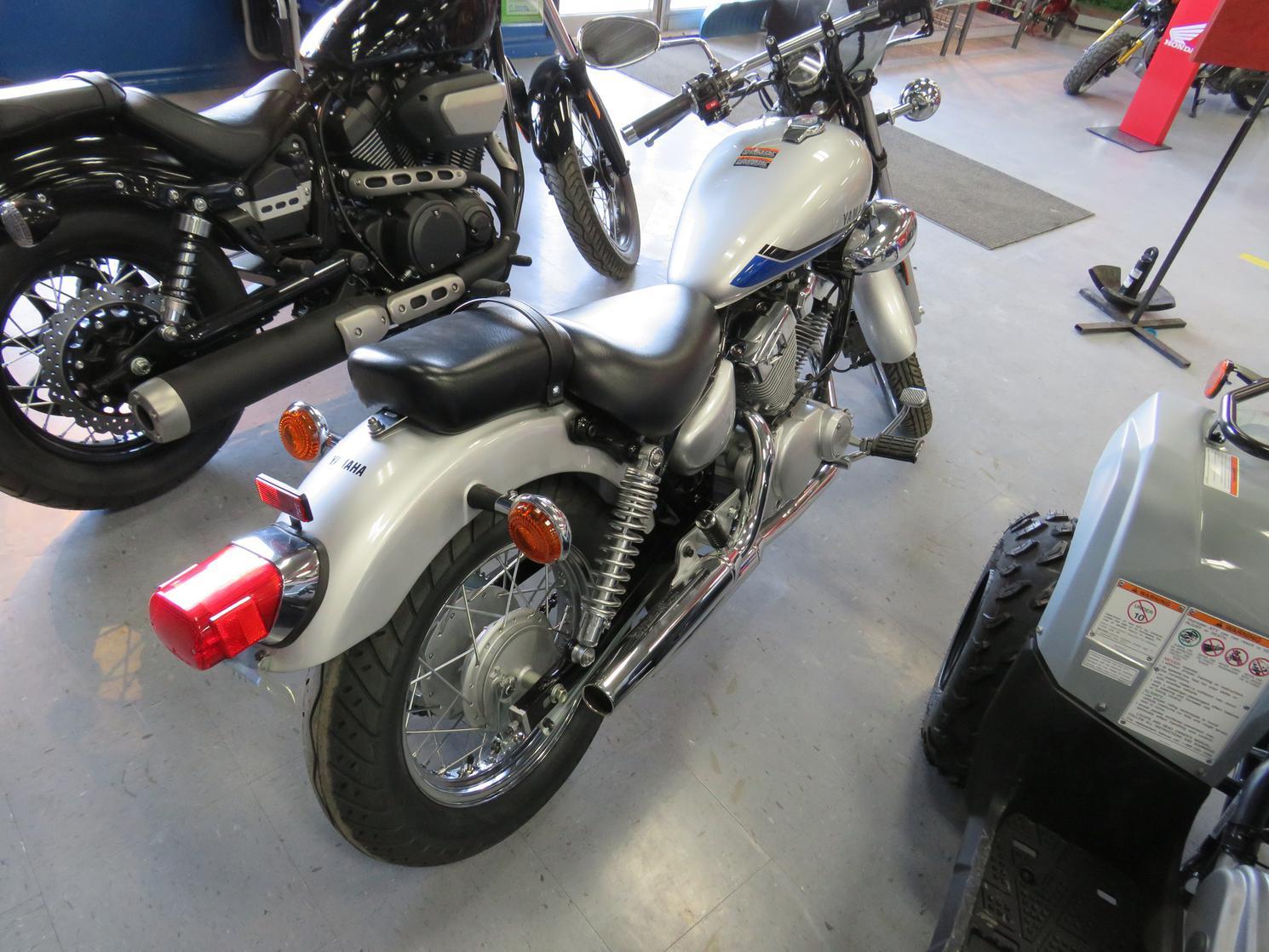 Yamaha VStar 250 2021