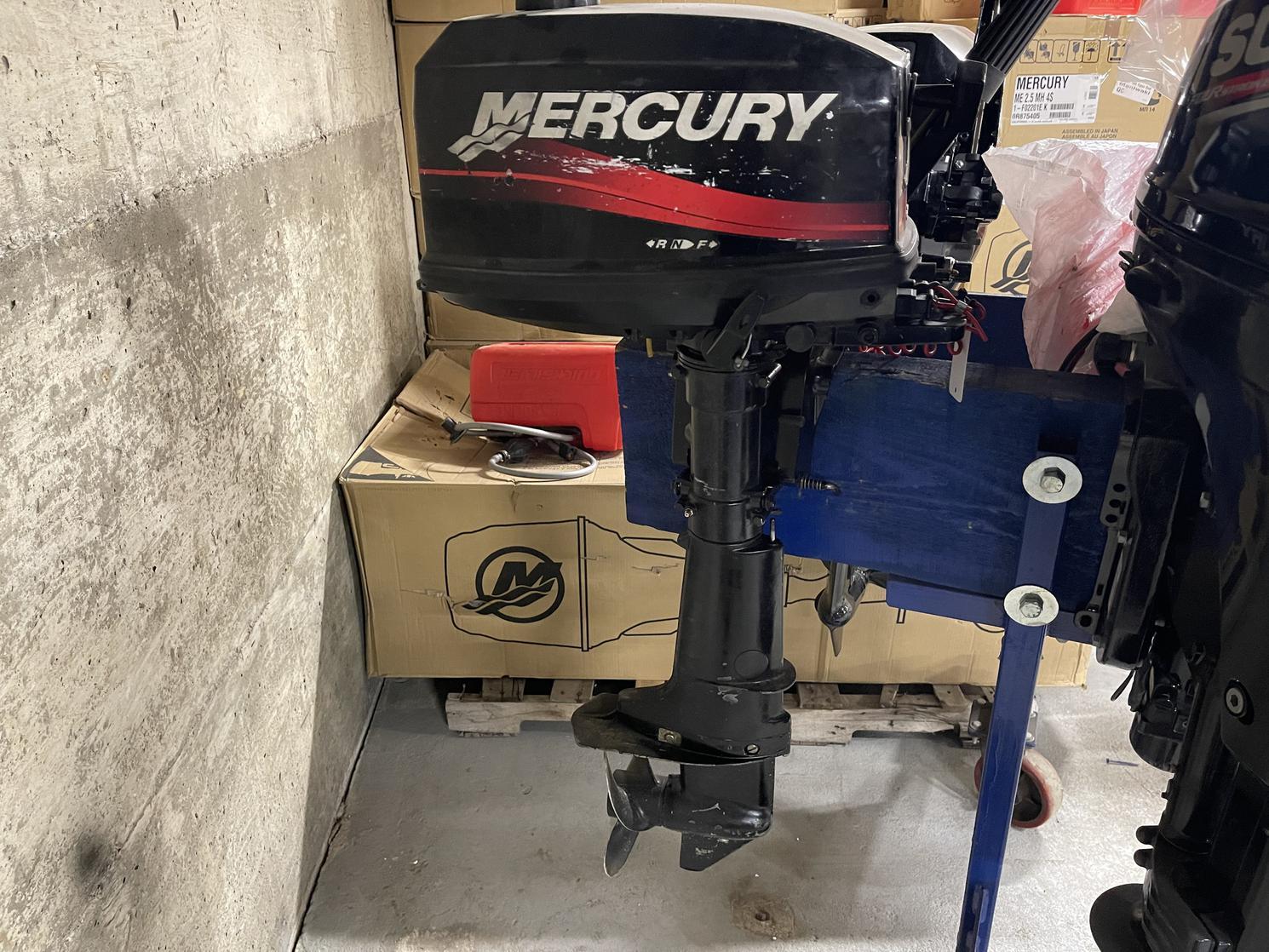 2002 Mercury 5 HP Court 2 temps