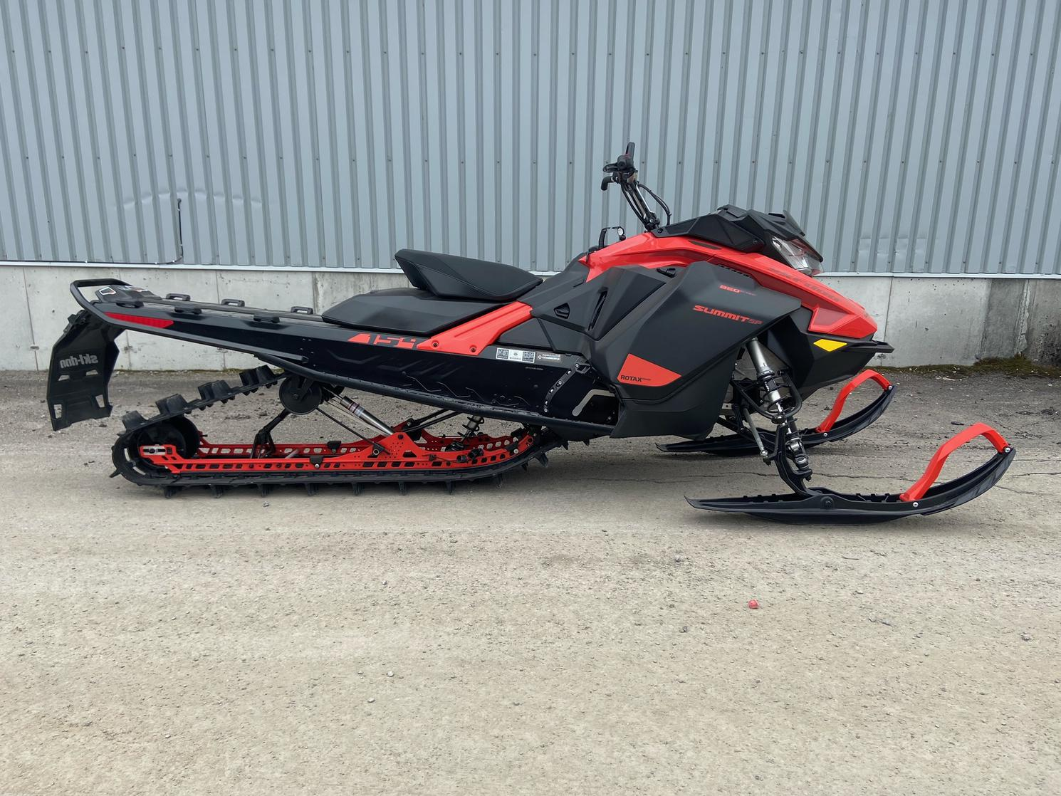 Ski-Doo SUMMIT SP 850 154 2.5 2021
