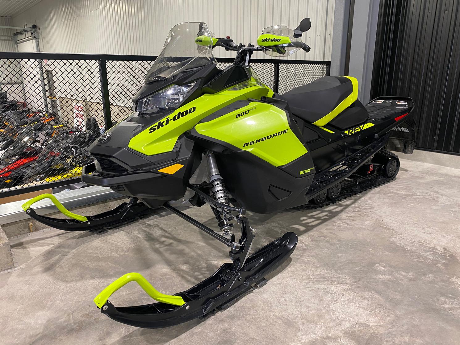 2020 Ski-Doo Renegade Adrenaline 900 ace 4 temps