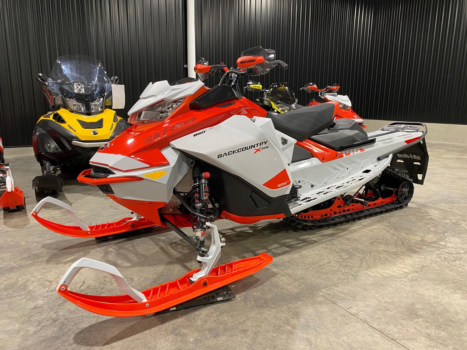 2021 Ski-Doo BACKCOUNTRY XR-S 850cc 146X1.6 ICE RIPPER