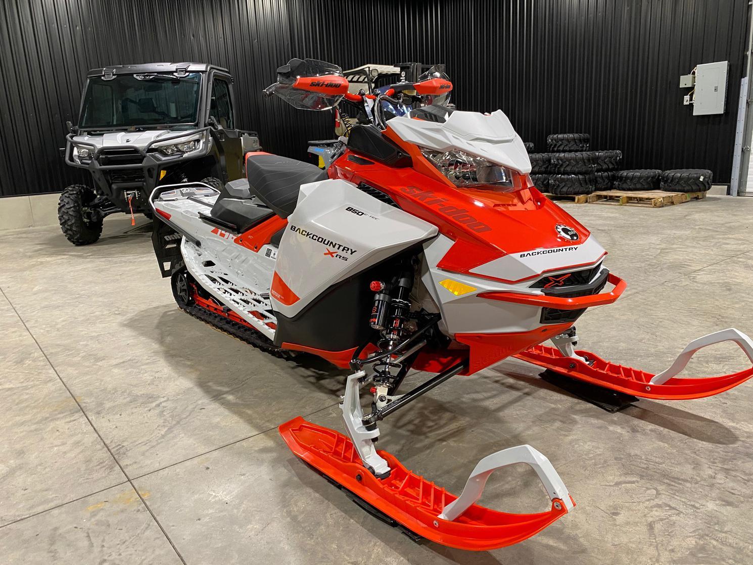 Ski-Doo BACKCOUNTRY XR-S - 850cc 146X1.6 ICE RIPPER 2021