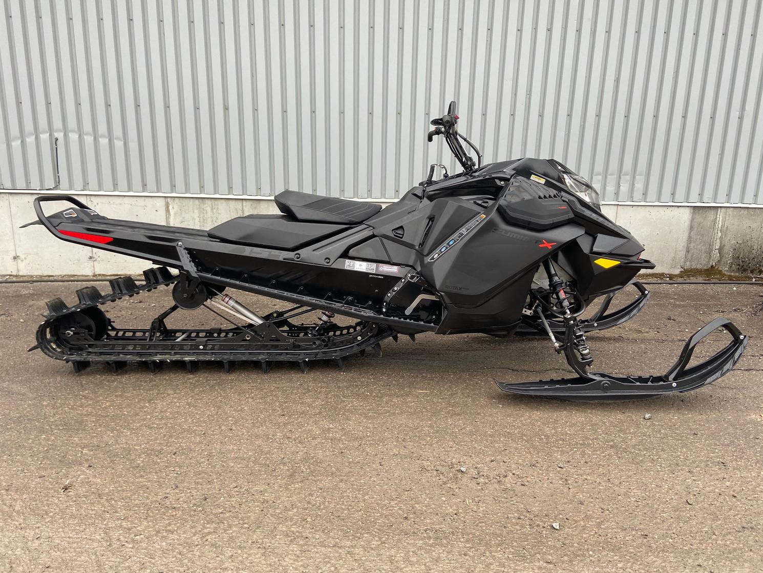 Ski-Doo SUMMIT X 154 850 ETEC TURBO 2021 - *** RACING ***