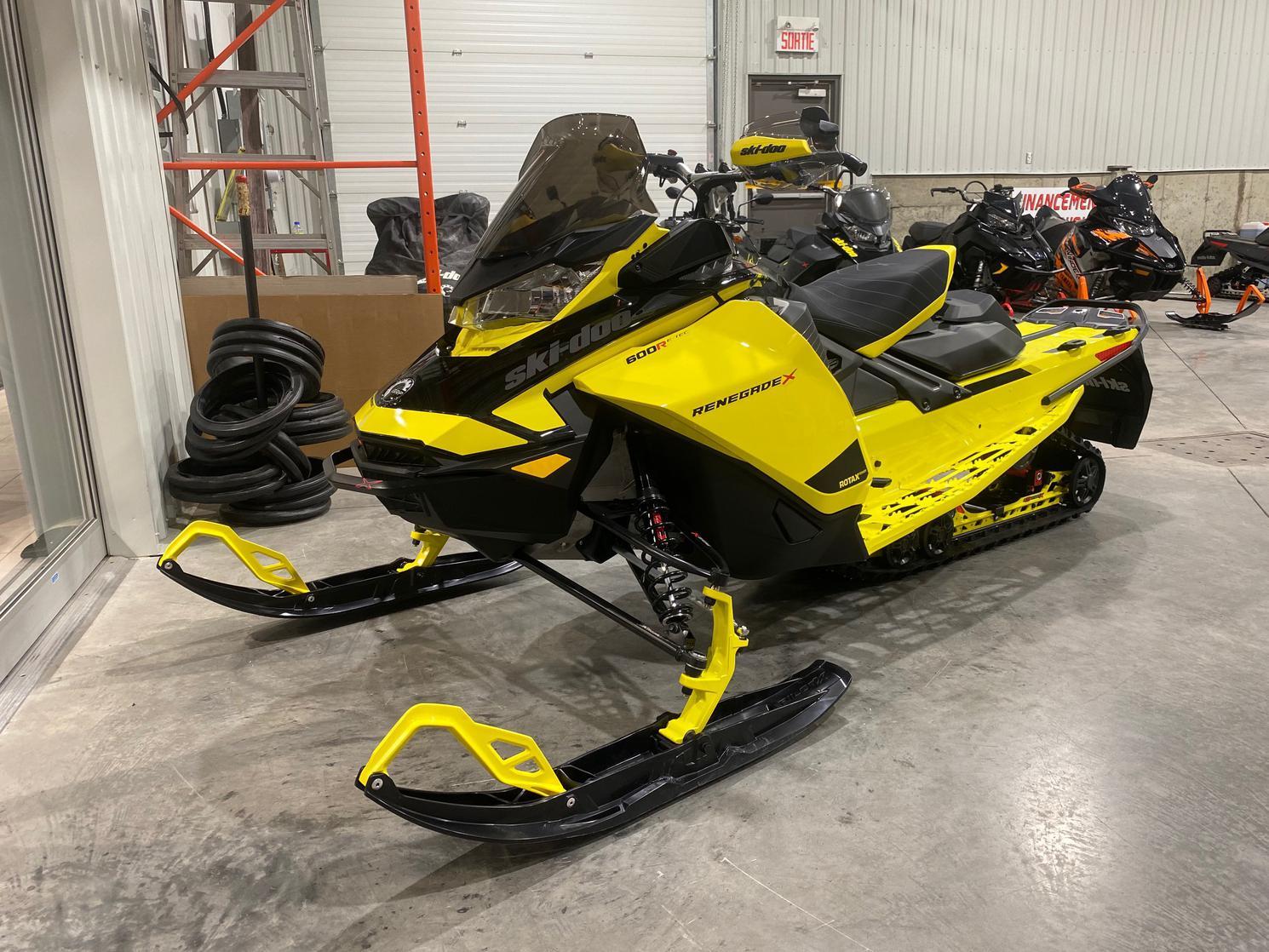 Ski-Doo Renegade X 600 R 2021 - 600R E-Tec 2 temps