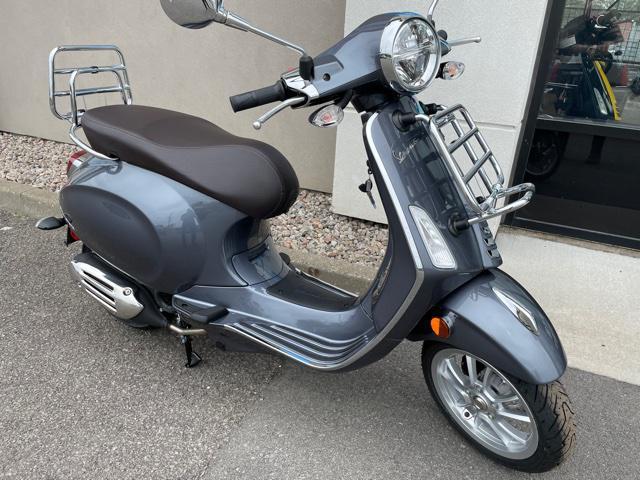 Vespa Primavera 50 2021 - Touring