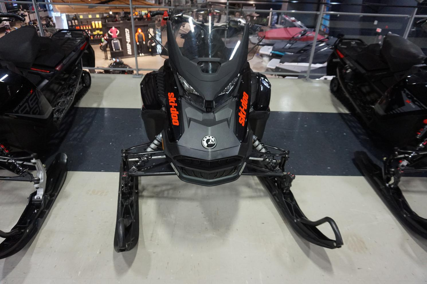 Ski-Doo Renegade Enduro 900 Ace 2019