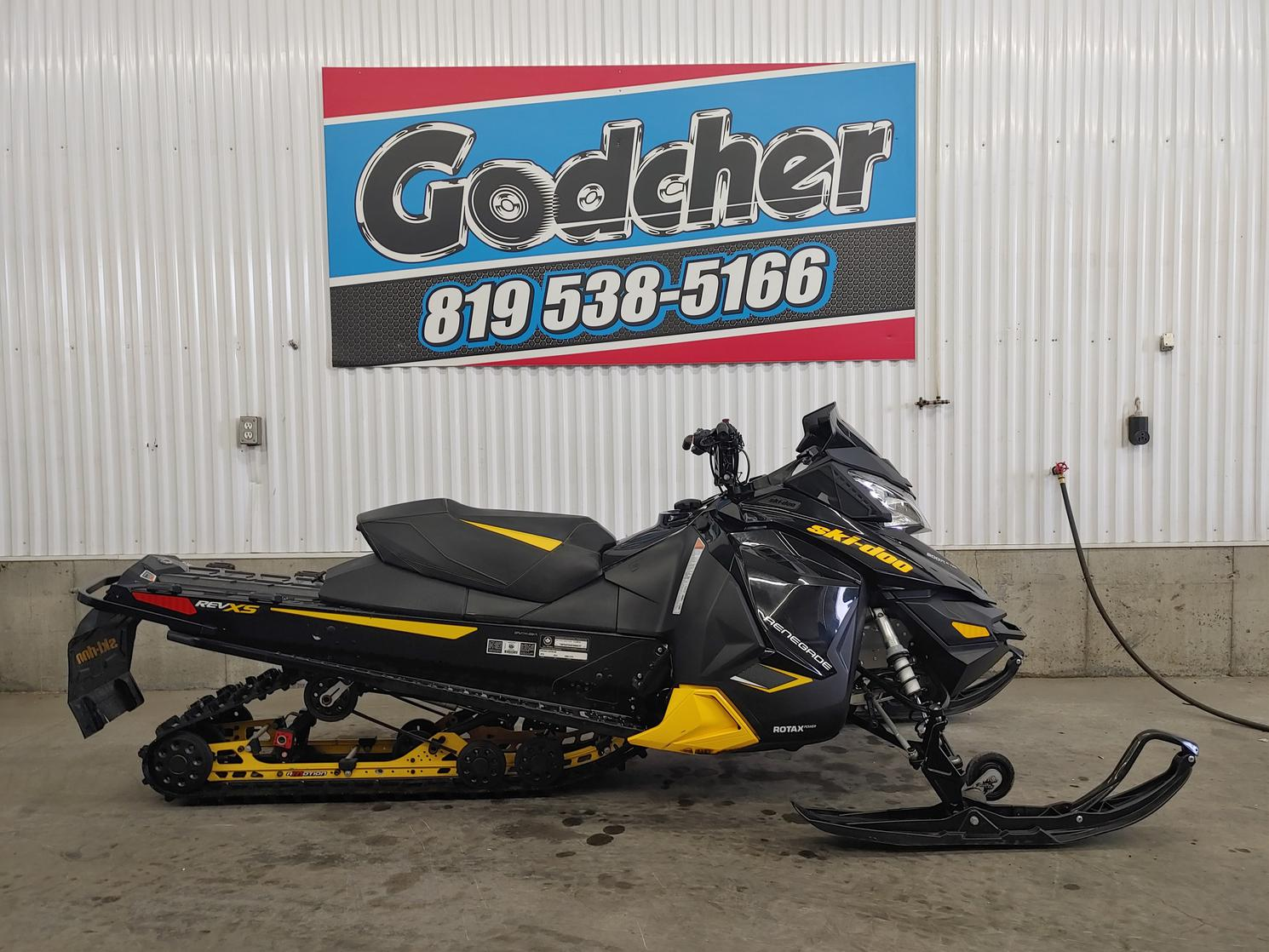 2014 Ski-Doo Renegade Adrenaline E-Tec 800R