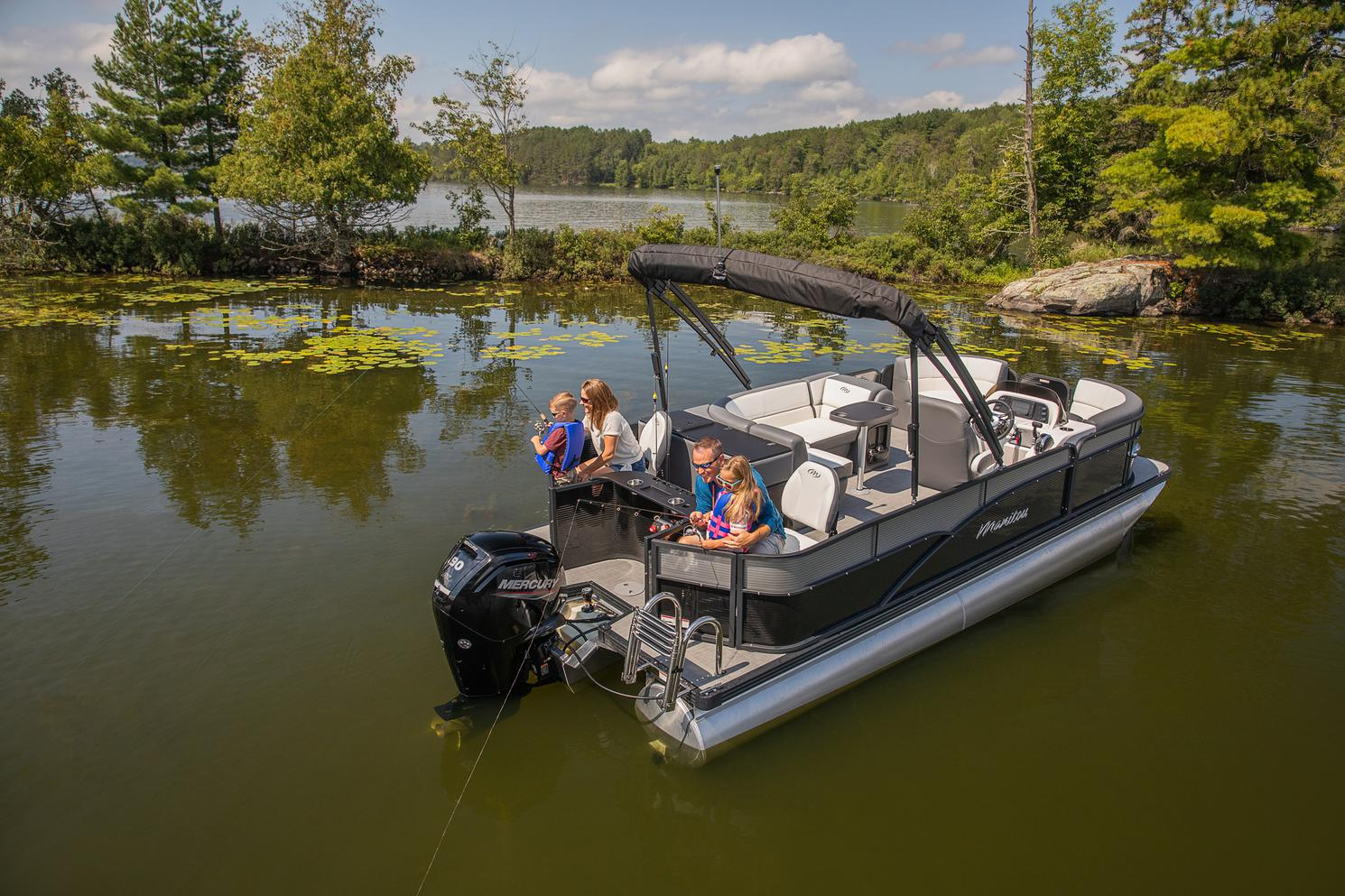 2021 Manitou Pontoon boat for sale, model of the boat is AURORA & Image # 6 of 8