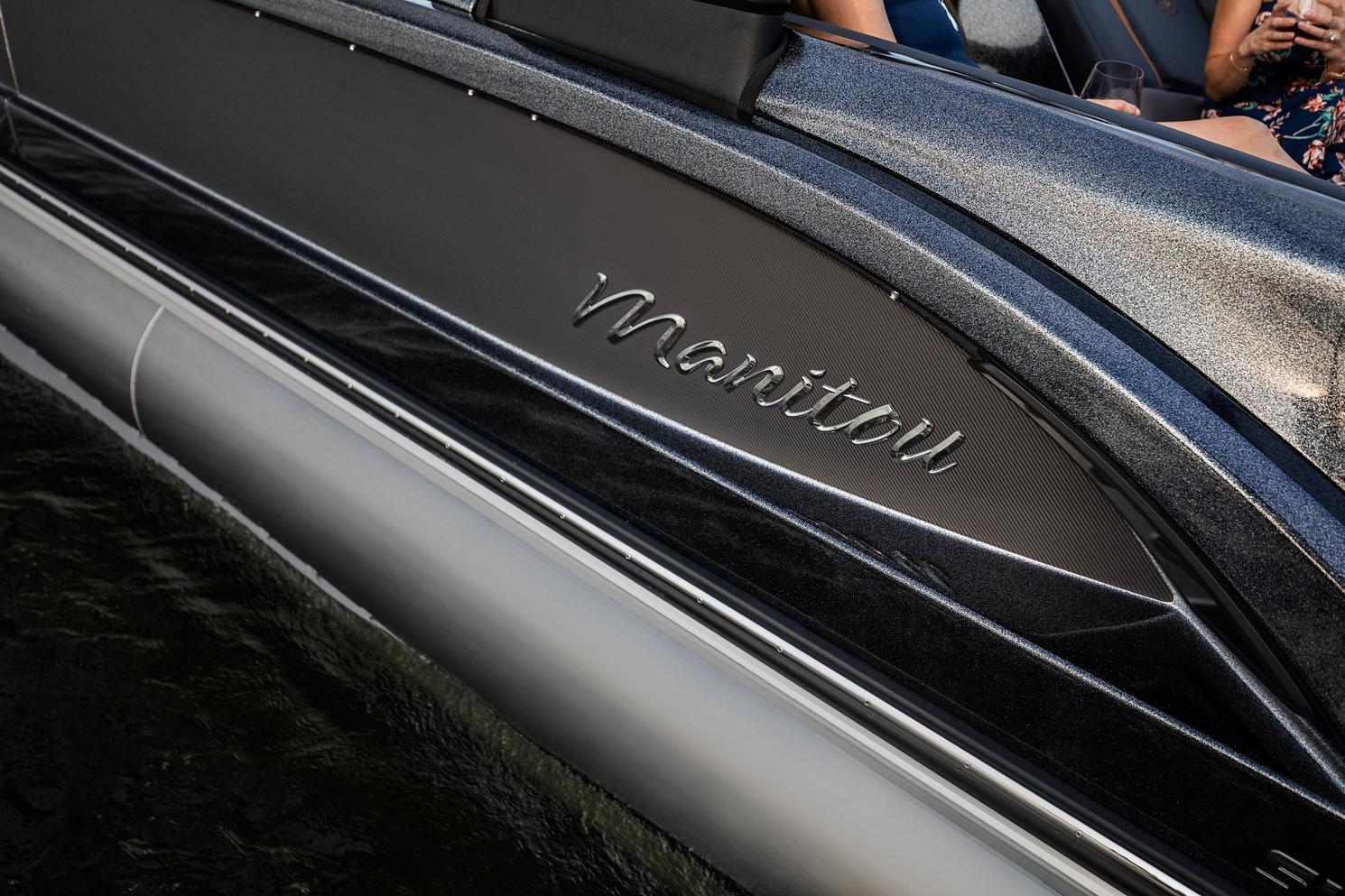 2022 Manitou Pontoon boat for sale, model of the boat is XT 27 & Image # 4 of 18