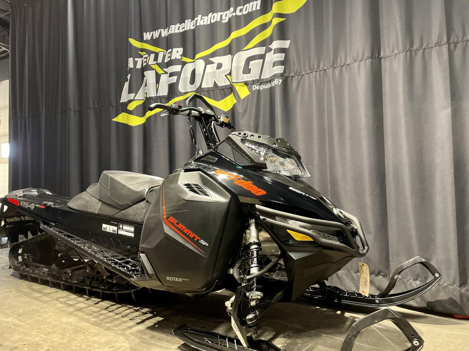 2016 Ski-doo summit sp 800 154 e.s  2.5