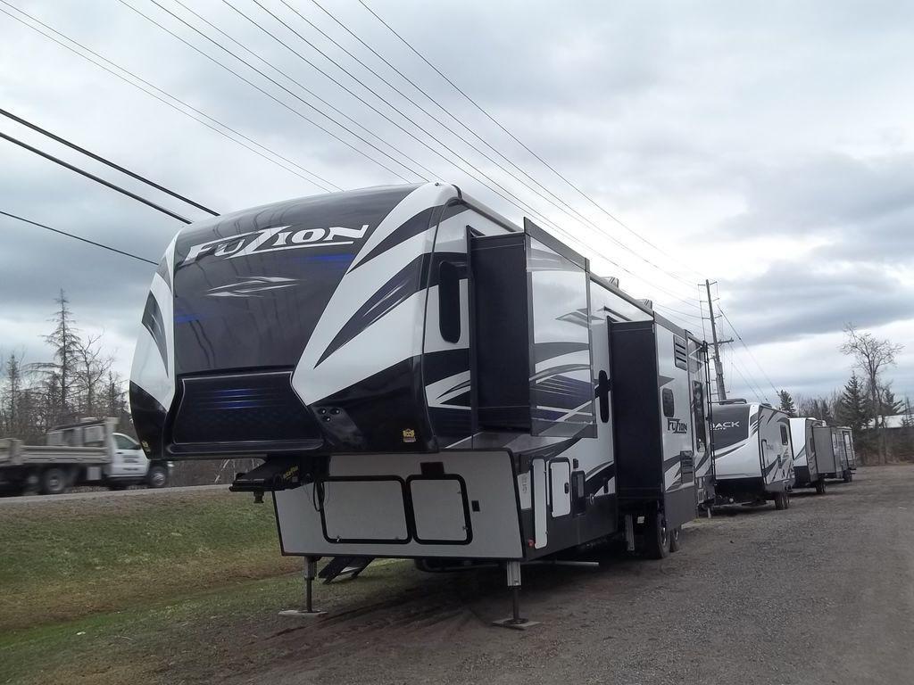 2019 Keystone RV Fuzion 373