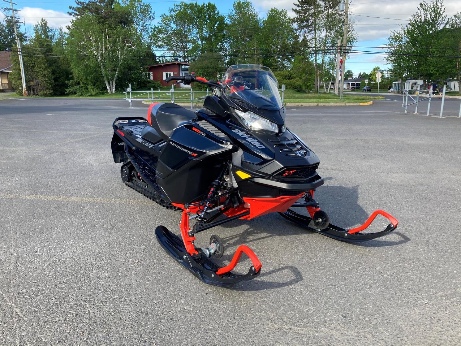 Ski-Doo renegade x 900 Turbo 2020