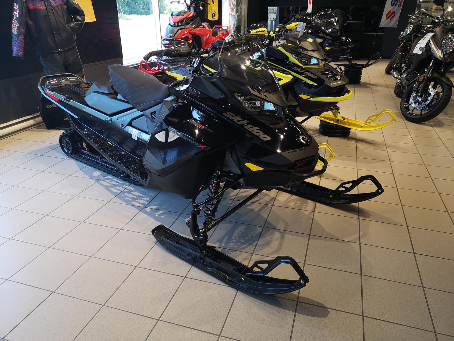 Ski-Doo Renegade X 600 R 2021