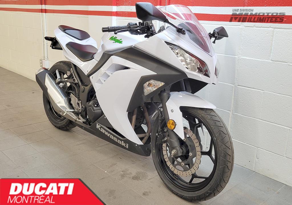2015 Kawasaki Ninja 300 Frais inclus+Taxes