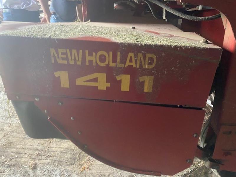 New Holland  1411 2002