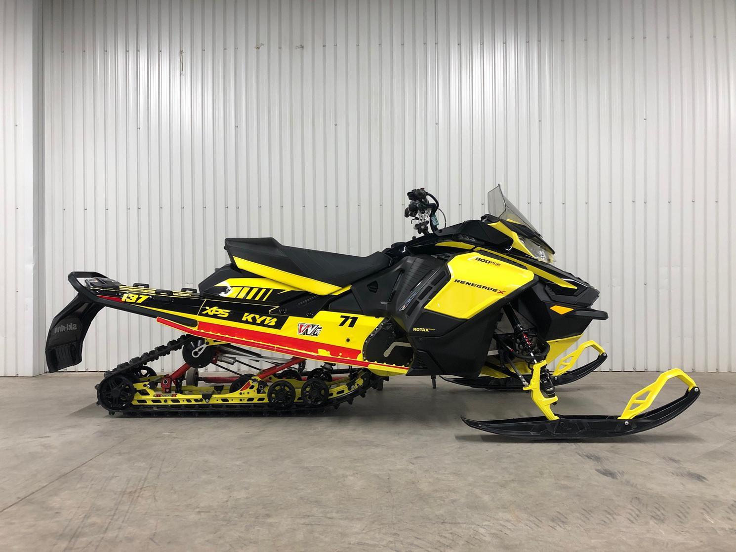 Ski-Doo renegade x 900 ace turbo 2021