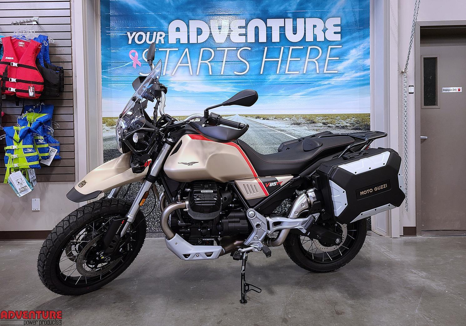 2021 Moto Guzzi V85 TT Travel Edition