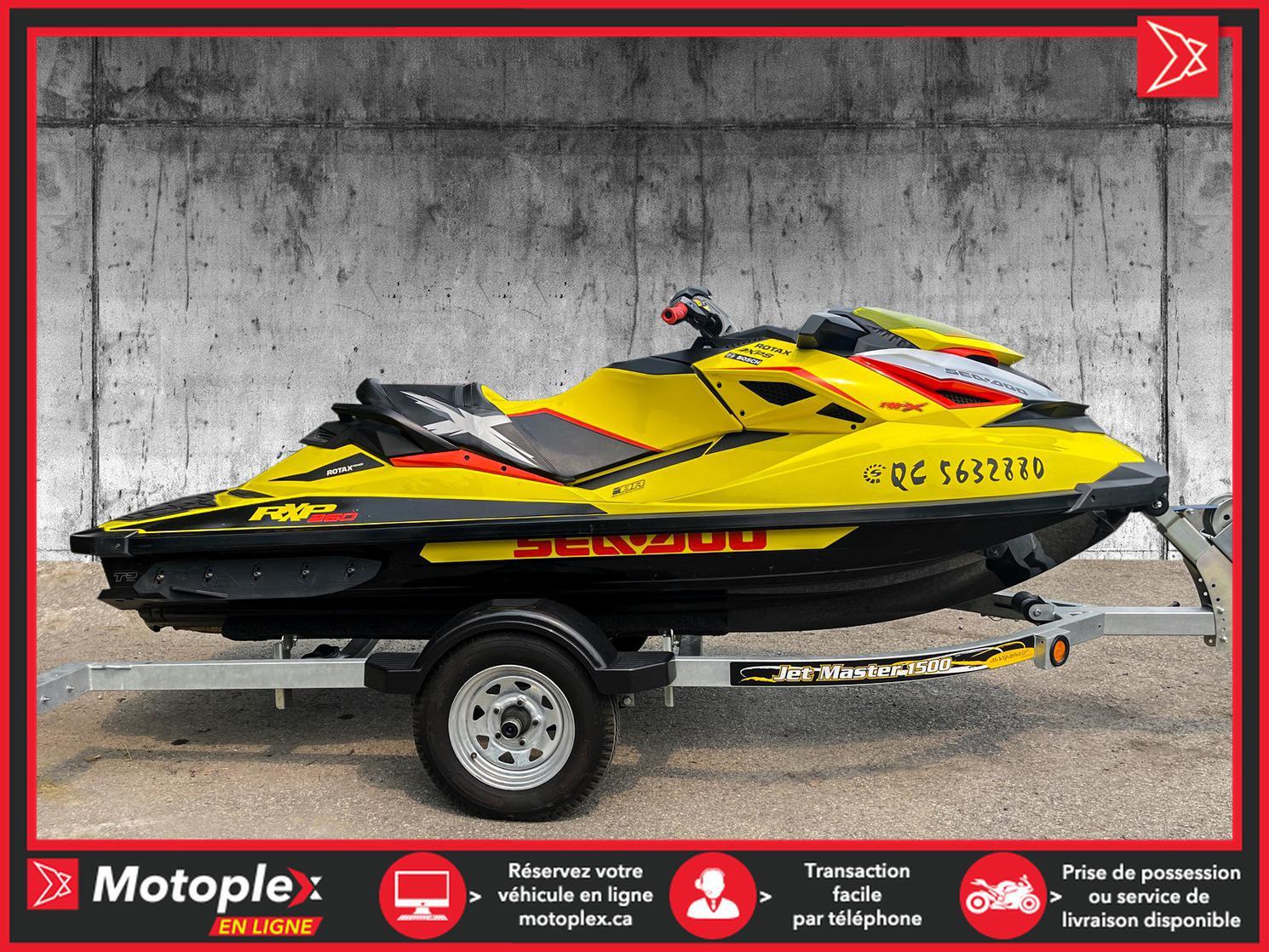 2015 Sea-Doo RXP-X RXP-X260 - 69$/semaine