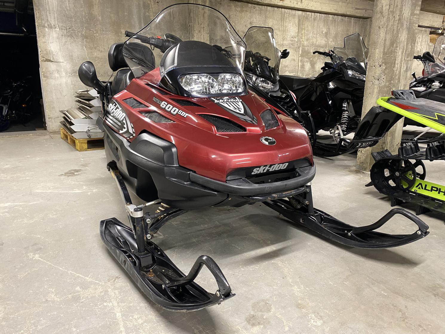 2008 Ski-Doo Expedition 600 H.O. SDI