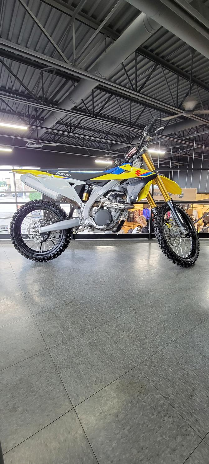Suzuki RMZ-450 2022