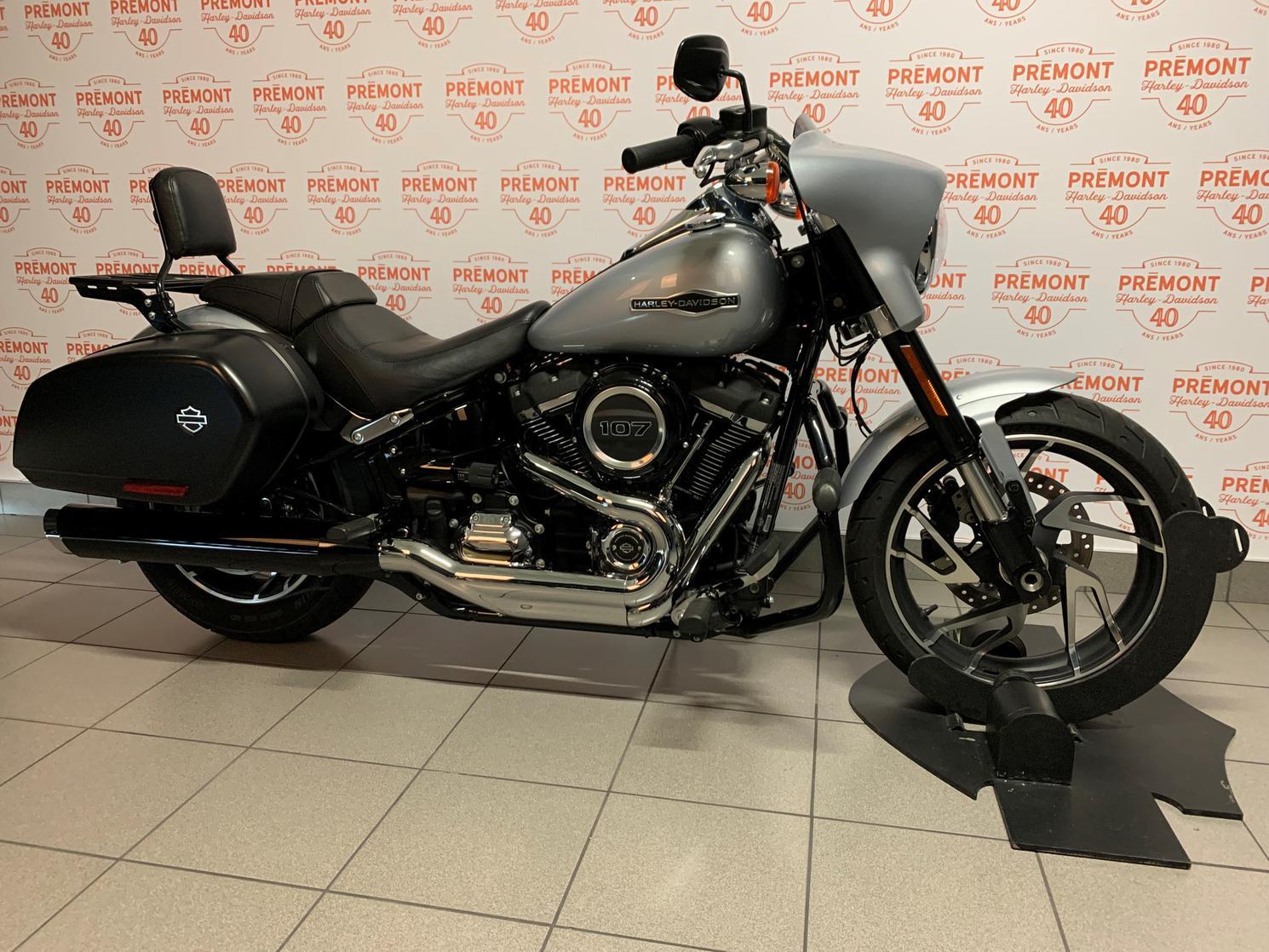 Harley-Davidson SOFTAIL SPORT GLIDE 2019 - FLSB