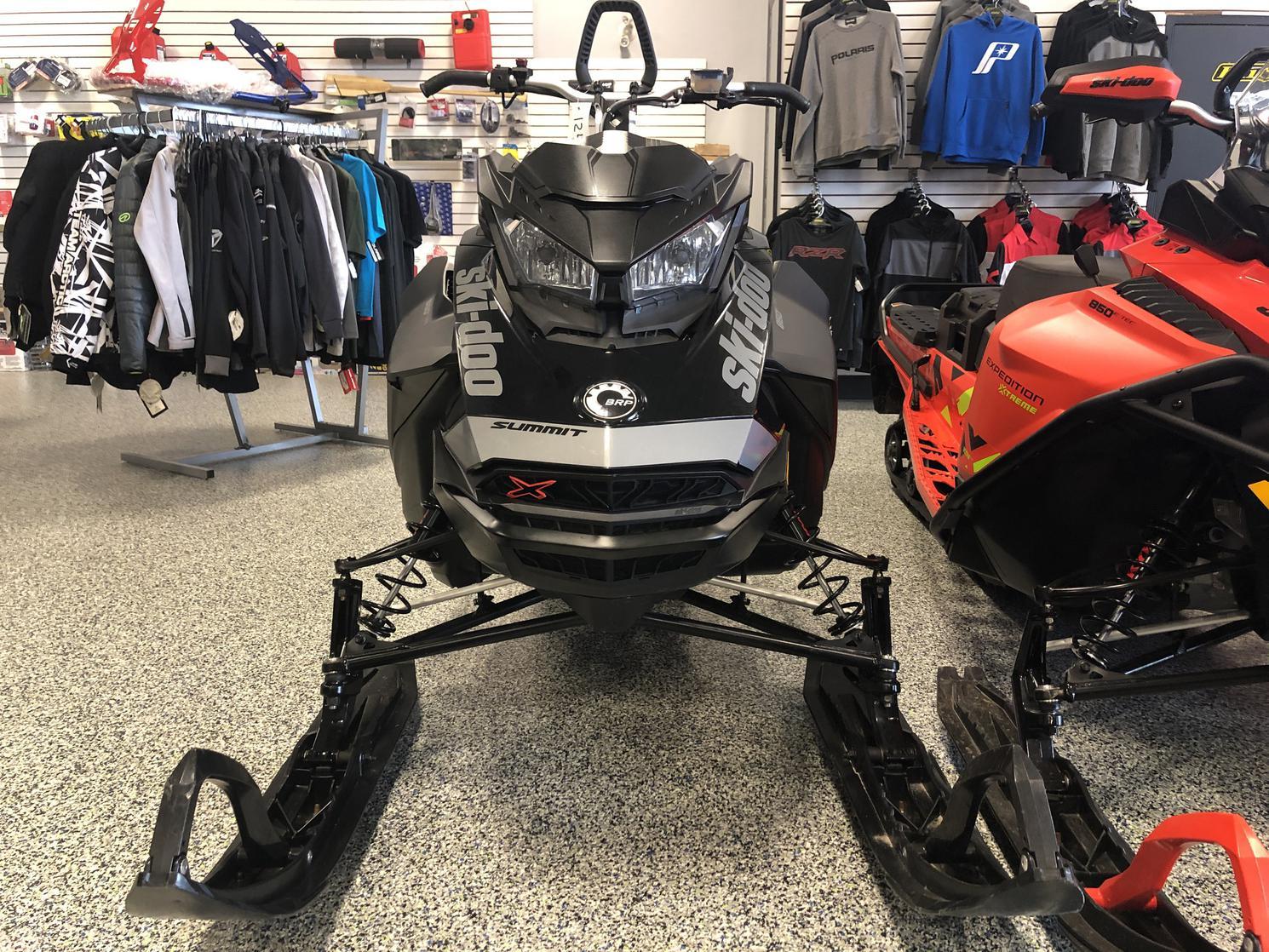 2020 Ski-Doo SUMMIT X 850 ETEC 154  2.6» garantie 5 ans disponible