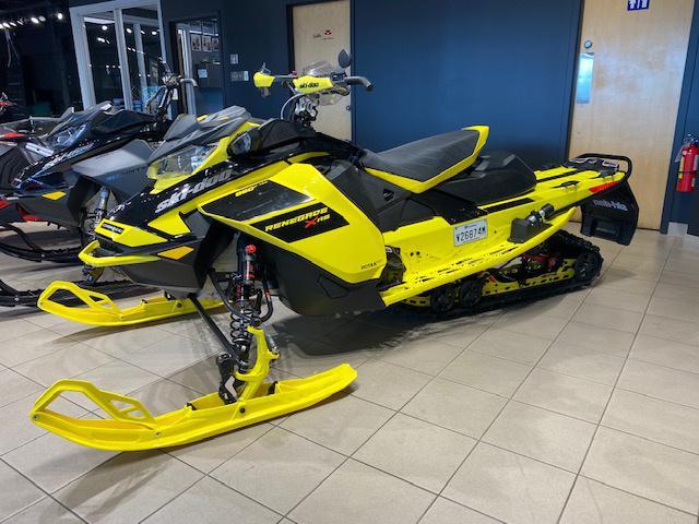 Ski-Doo Renegade XRS 850 E-Tec 2021