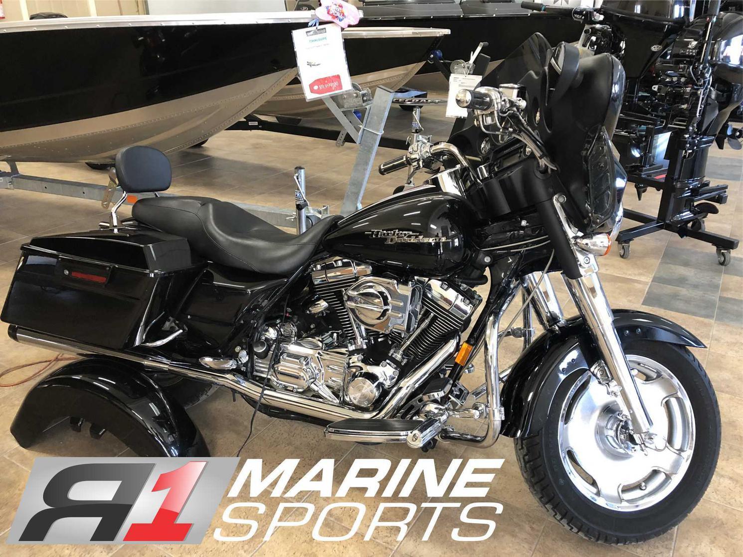 Harley-Davidson FLHX 2006