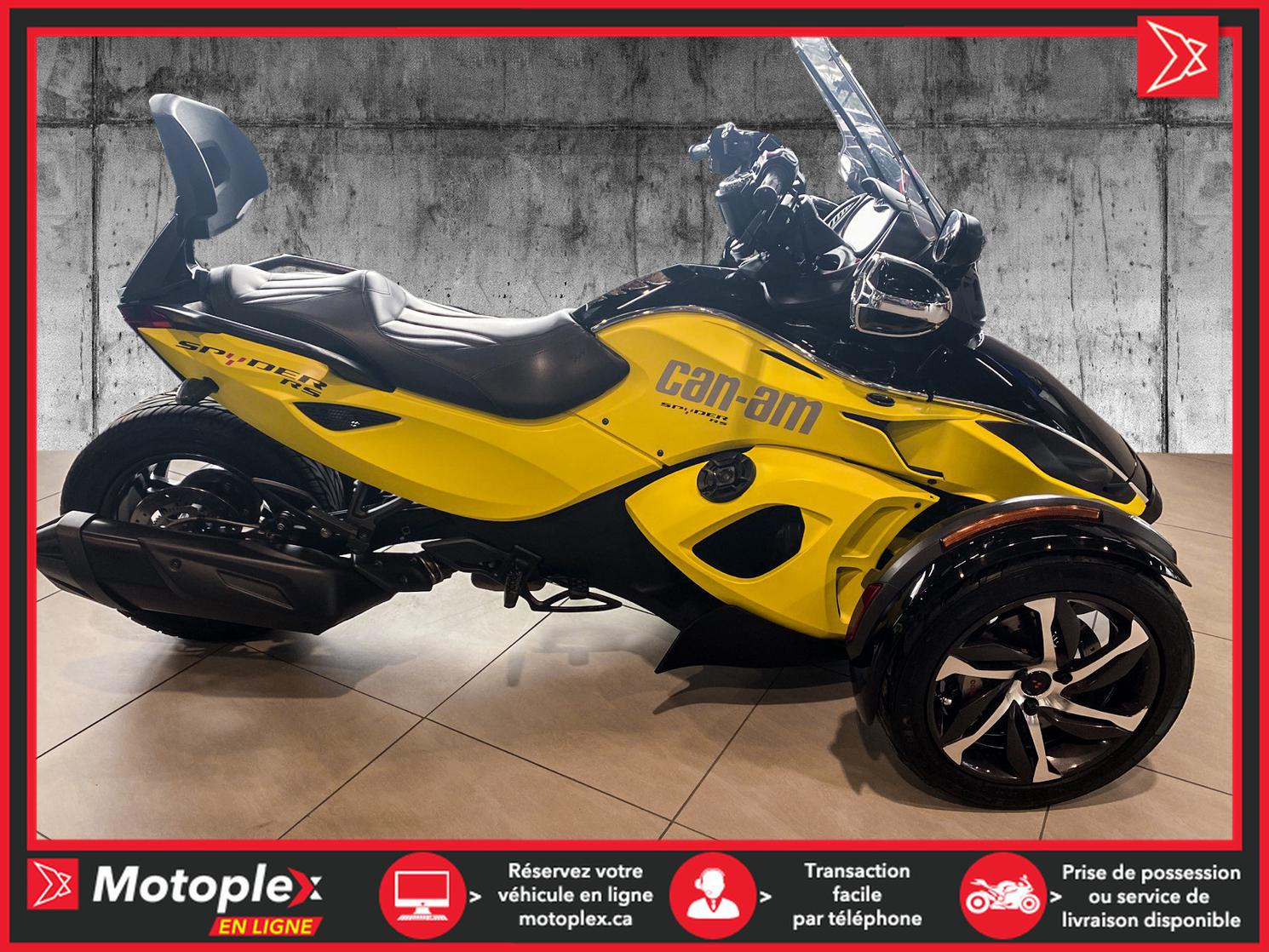 2014 Can-Am SPYDER RSS SM5 80$/semaine